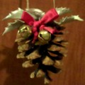 Quick and Easy Pine Cone Christmas Decorations