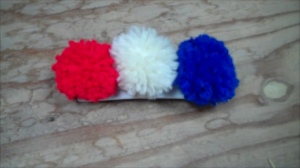 Easy DIY Pom-Pom Barrette