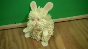 How to Make a Pom Pom Easter Bunny
